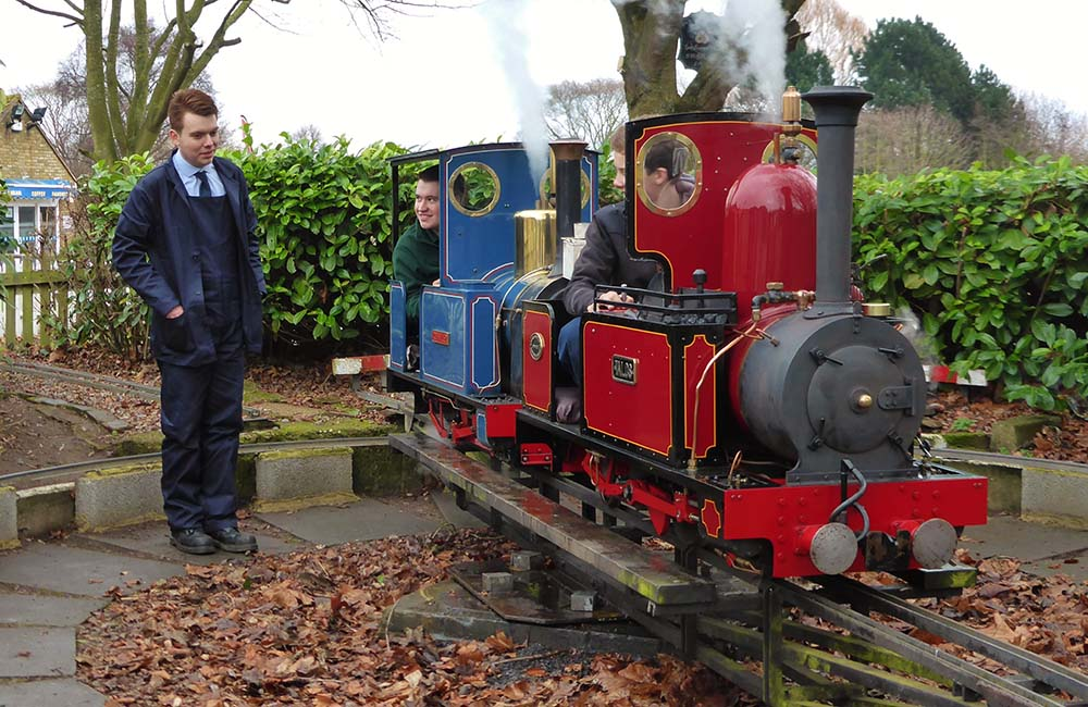Image of a mixture steam engine at Swanley Park New Barn Railway