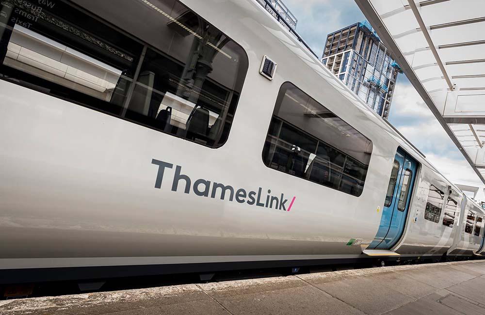 Image of Thameslink train at station platform